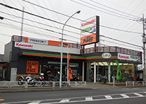 フリーダムナナ店舗風景